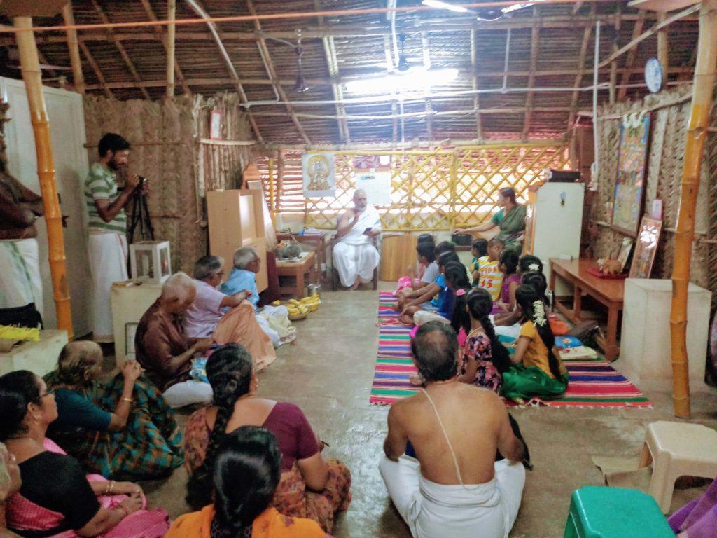 Devotees in Namaalayam